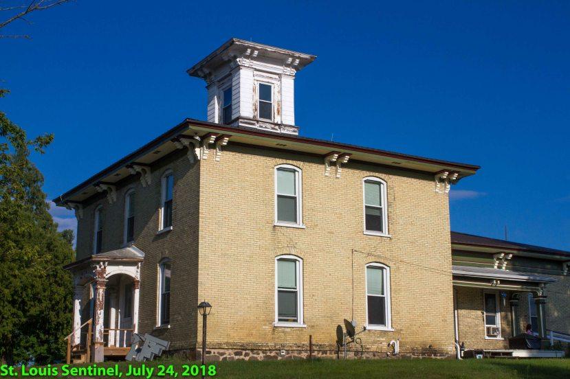 Newton House-3